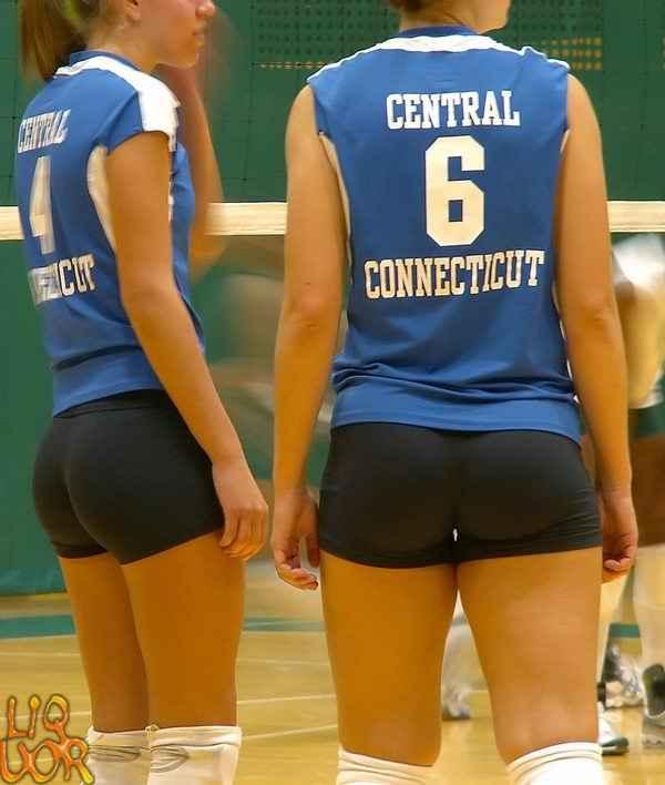 фото крупным планом трусиков волейболисток