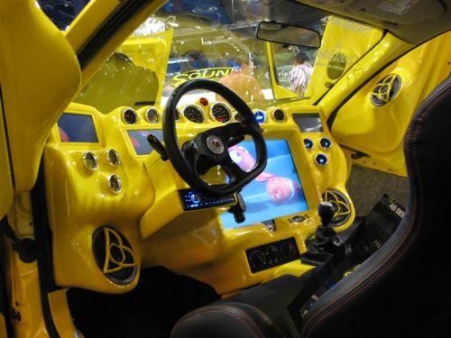 Выставка тюнингованных автомобилей